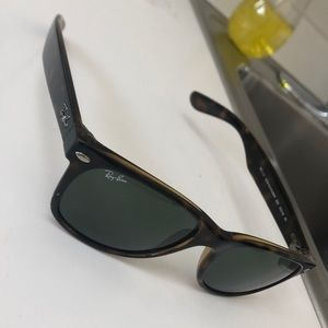 Ray Ban Tortoise Shell Sunglasses